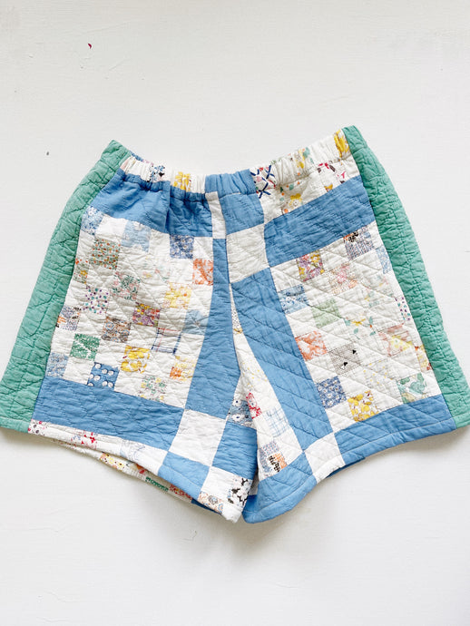"Antique Quilt Shorts 03 | 26""-28.5"""