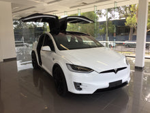 Tesla Model X 90D for Wedding Getaway