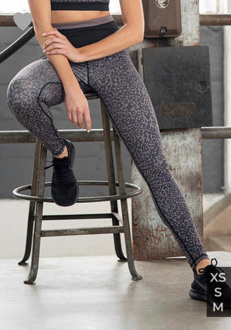 Highwaist Leopard Print Block Leggings