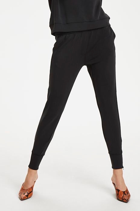 EASE 22 The Sweat Pant - Studio D Shoe Boutique