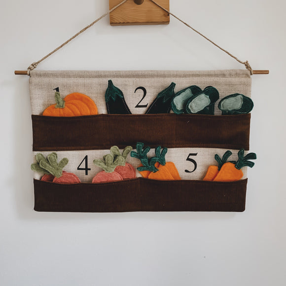 Montessori Counting Garden - kisschaseydesigns