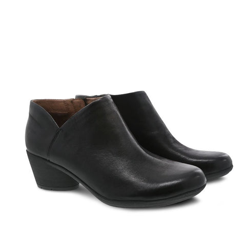 Dansko Raina (Black Burnished Nubuck)