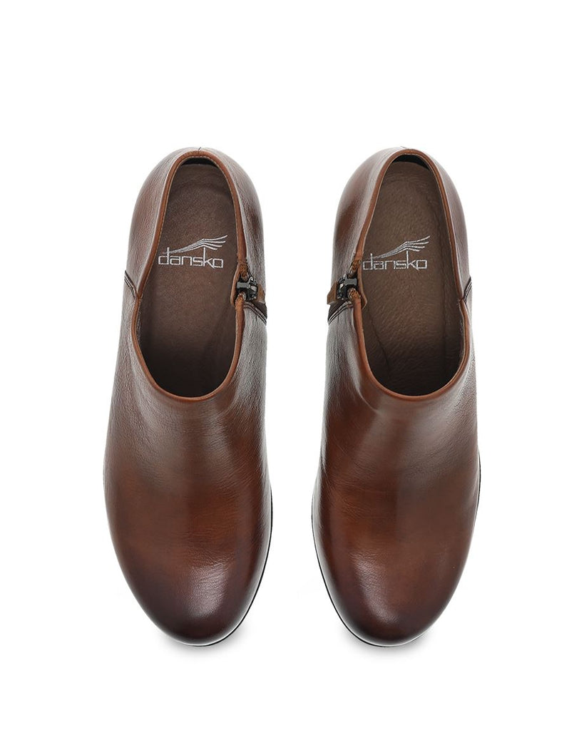 Dansko Raina (Chestnut Burnished Calf)
