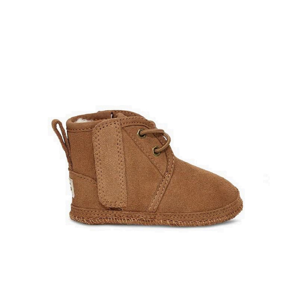Adorable chestnut neumel boot for toddlers.