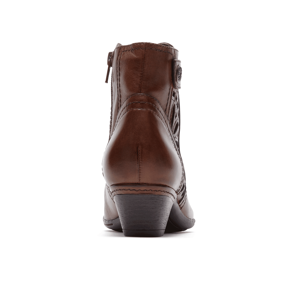 Cobb Hill Abilene Zip Bootie (Almond)