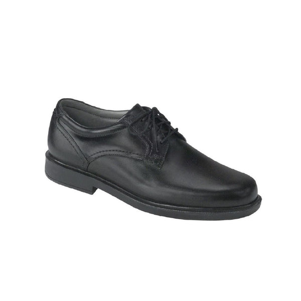 Men's leather lace up dress shoe.