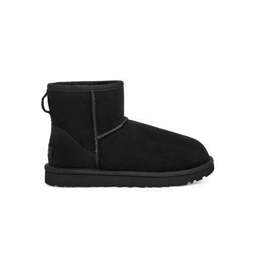Mini classic ugg boot in black.