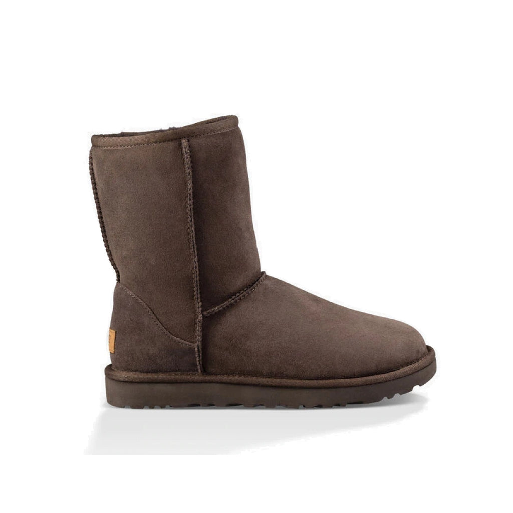 Classic Ugg boot in chocolate.