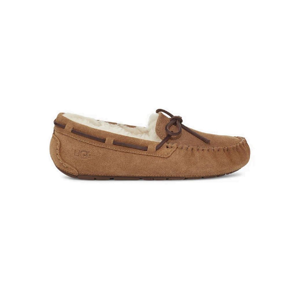 Moccasin style slipper with bow in chestnut.