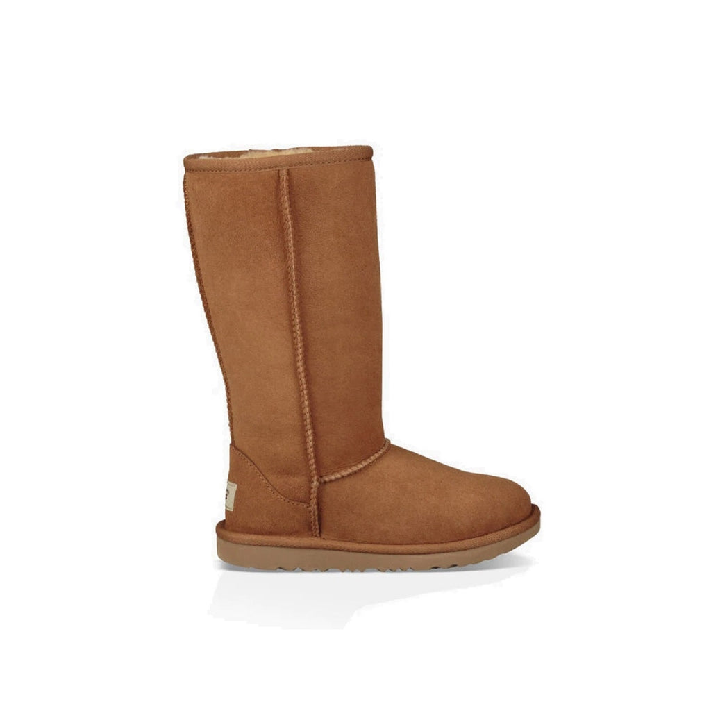 Classic tall Ugg boot in chestnut for kids.