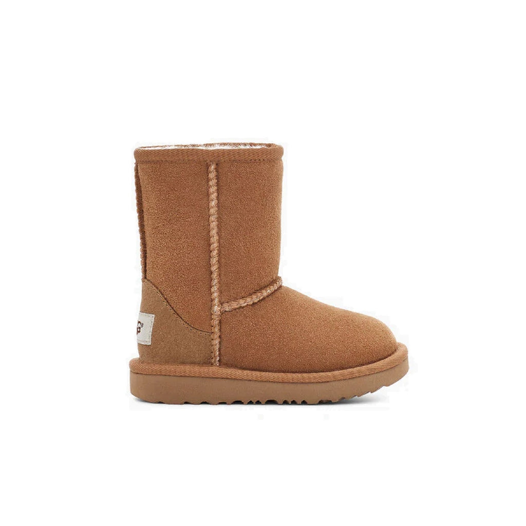 Classic Ugg boot for toddlers in chestnut.