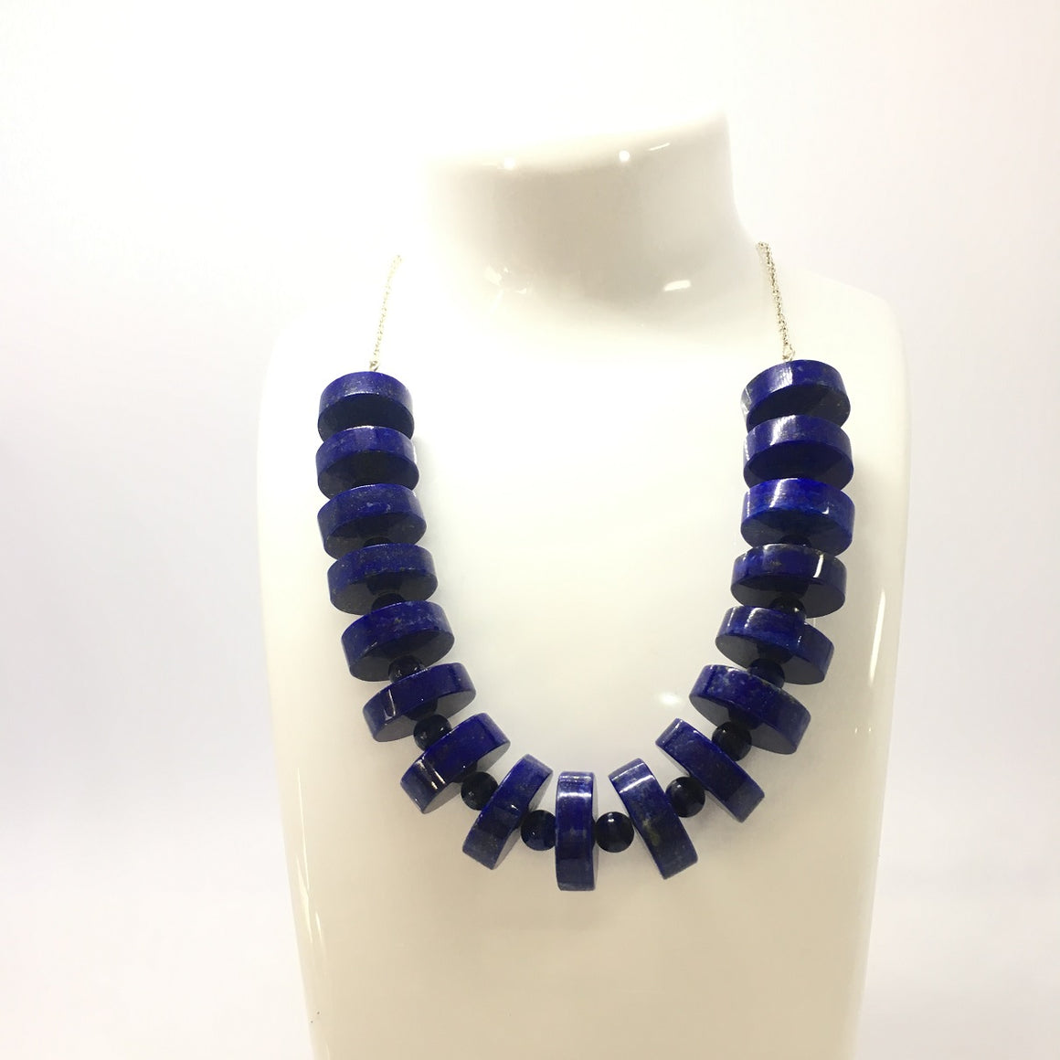 326 Carat Disk and Round Beads Metal Chain Lapis Lazuli Designed Necklace