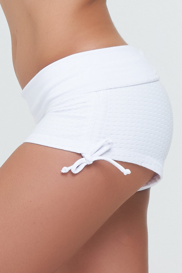 Danni String Shorts in Sportsmesh Lycra