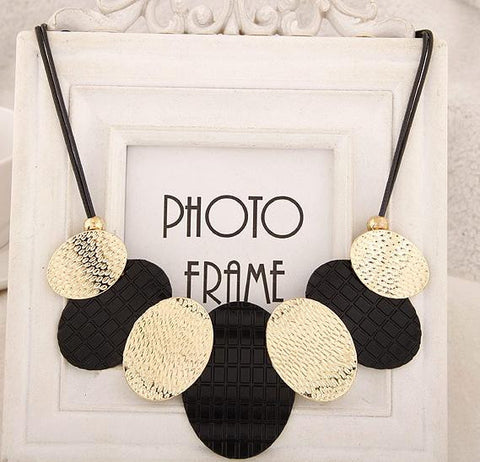 Black Gold Colar Necklace