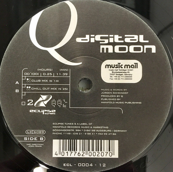 Q (9) ‎– Digital Moon