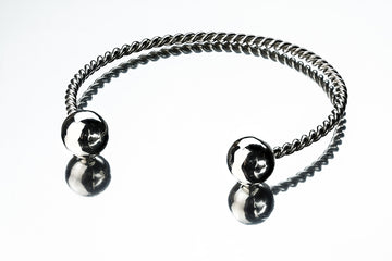 Sterling silver bracelet with spheres