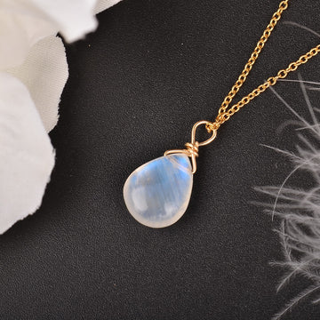 Moonstone Necklace (preorder)