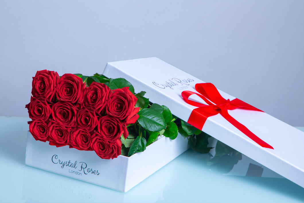 12 Fresh Cut Red Roses, 12 Long Stem Red Roses, 12 Red Gift Box Rose - Crystal Roses London