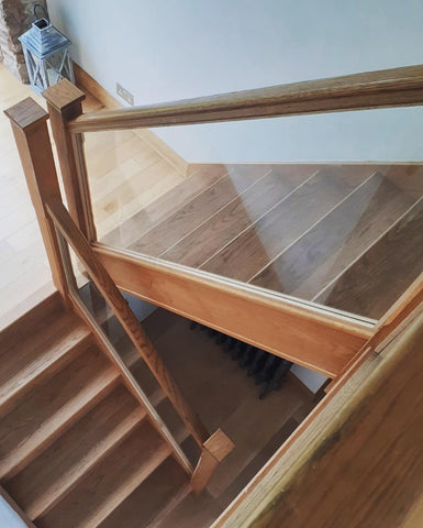 Glass for internal staircase