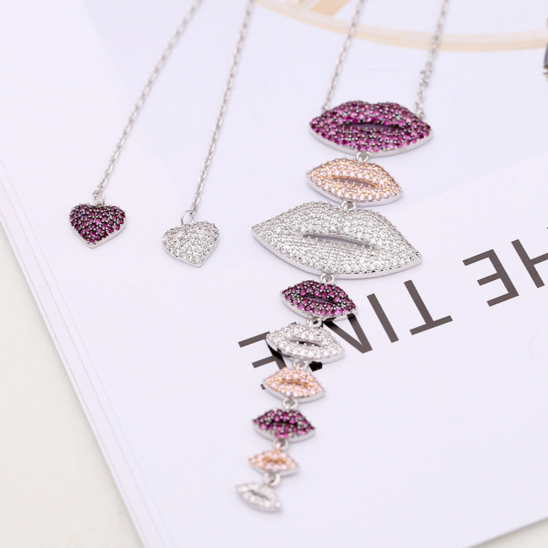 Jewelry Kiss Me Necklace