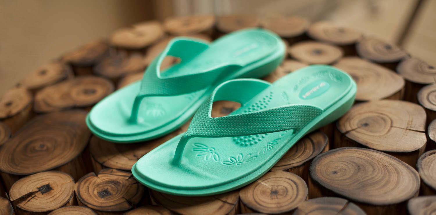 Wellness comfort flip flops and sandals Okabashi shoes