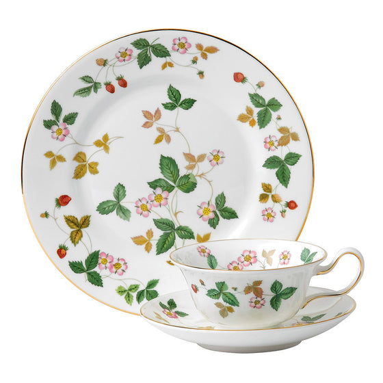 Wedgwood Wild Strawberry 3 Piece Tea Set