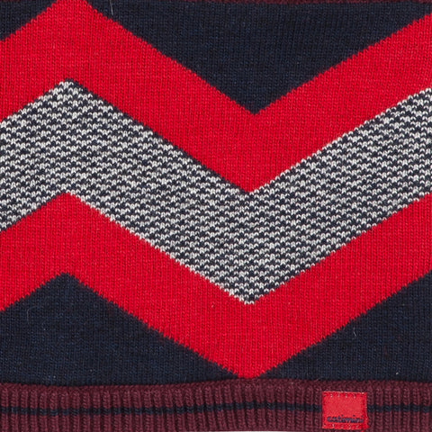 Reversible knitted graphic snood