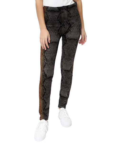 Zoom view for Snake Printed Seamless Leggings