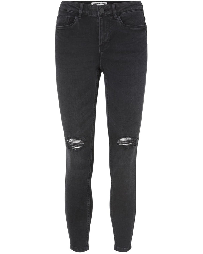NMLUCY KNEE CUT ANKLE JEANS BLACK
