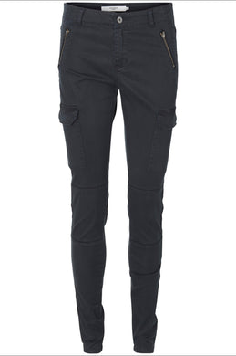 ZIPPER DETAIL CARGO PANTS