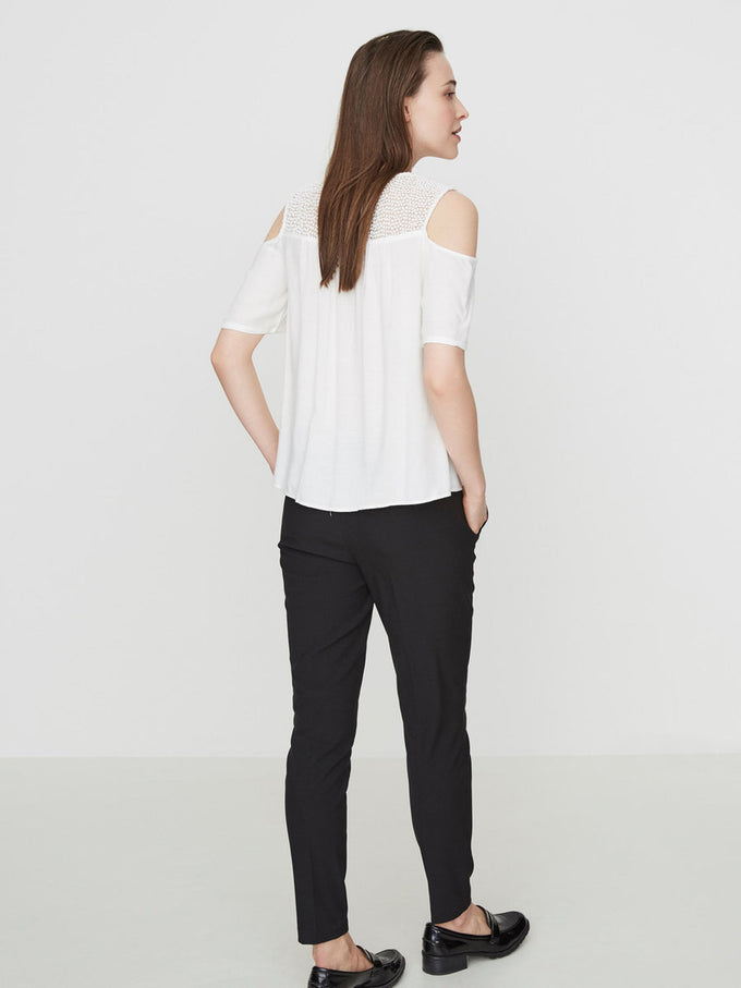COLD SHOULDERS LOOSE BLOUSE SNOW WHITE