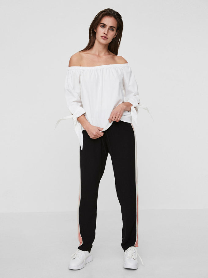 OFF-THE-SHOULDER 3/4 SLEEVE BLOUSE BRIGHT WHITE