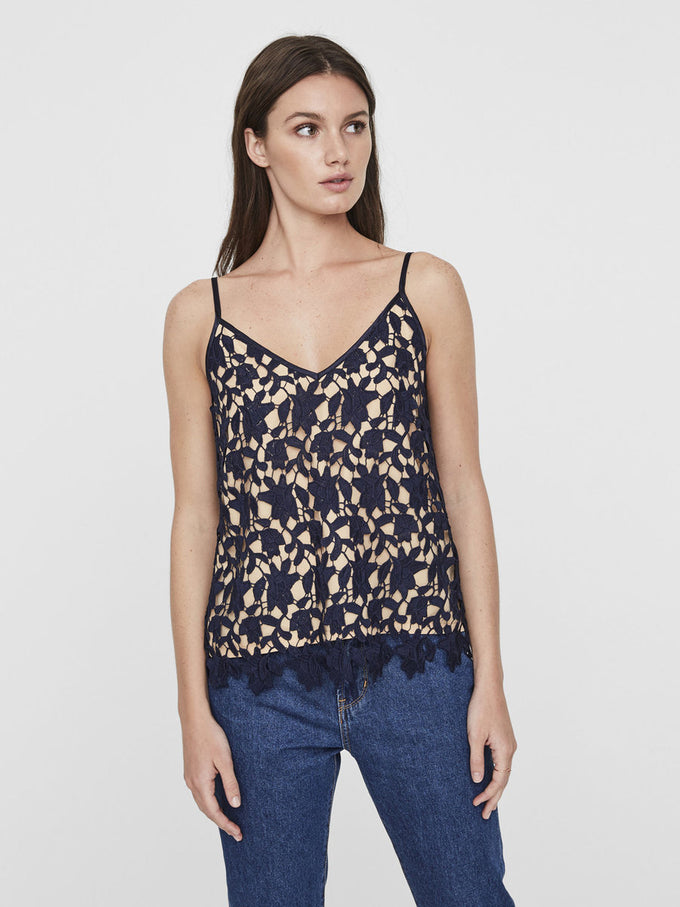 ALL-OVER LACE CAMI NAVY BLAZER