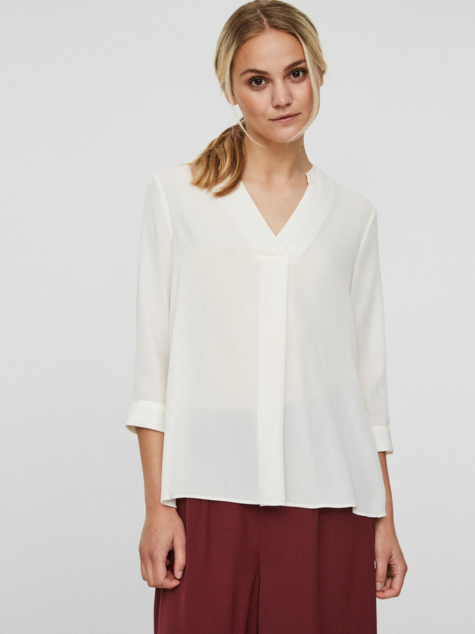 HIGH-LOW PLEATED BLOUSE EGGNOG