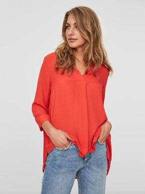 HIGH-LOW PLEATED BLOUSE