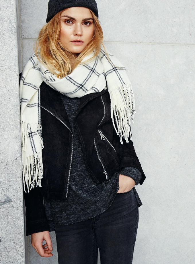 CHECKERED SCARF FLAME