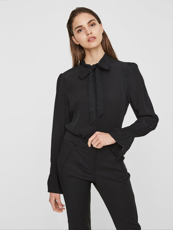 CREPE BLOUSE BLACK