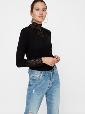 HIGH-NECK T-SHIRT WITH LACE DETAILS