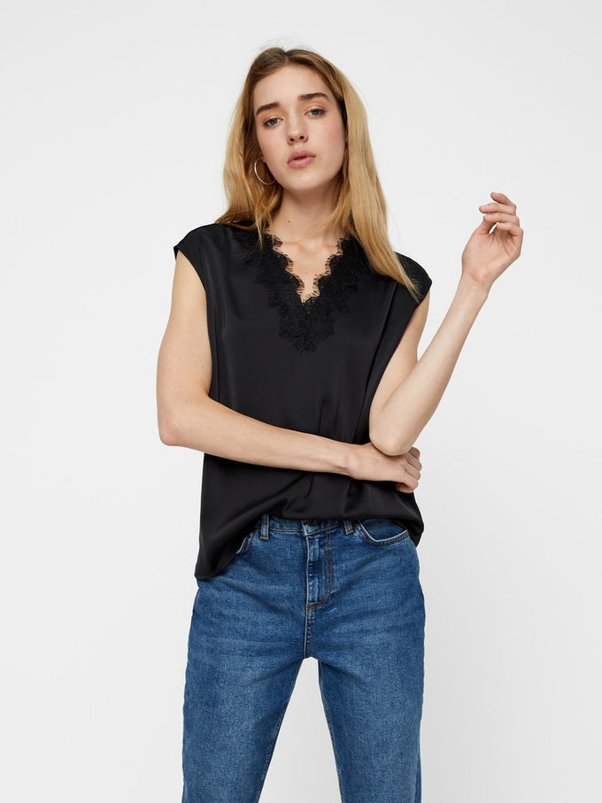 SATIN BLOUSE WITH LACE DETAIL BLACK