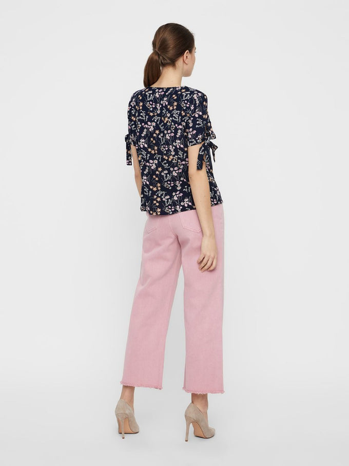 FINAL SALE – FLORAL BLOUSE WITH TIE DETAILS NIGHT SKY