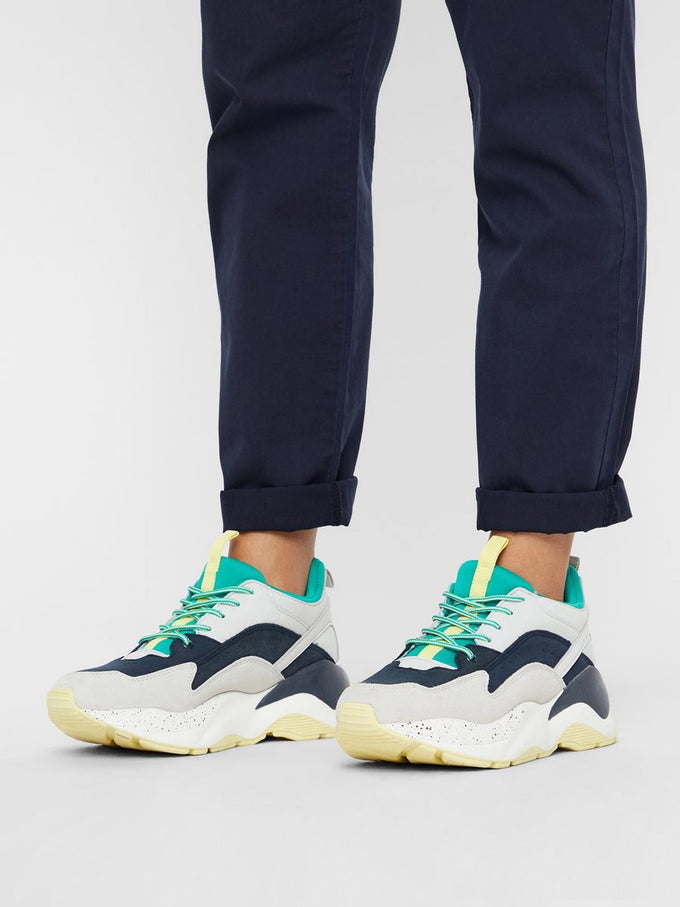 FINAL SALE – DAD SNEAKERS HOLLY GREEN