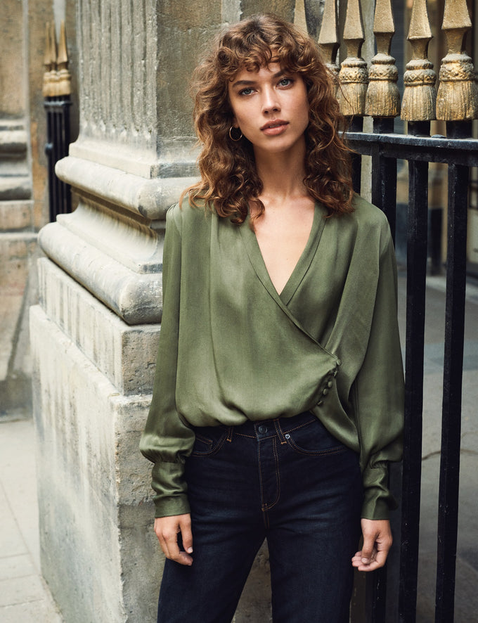 FEMININE SATIN BLOUSE IVY GREEN