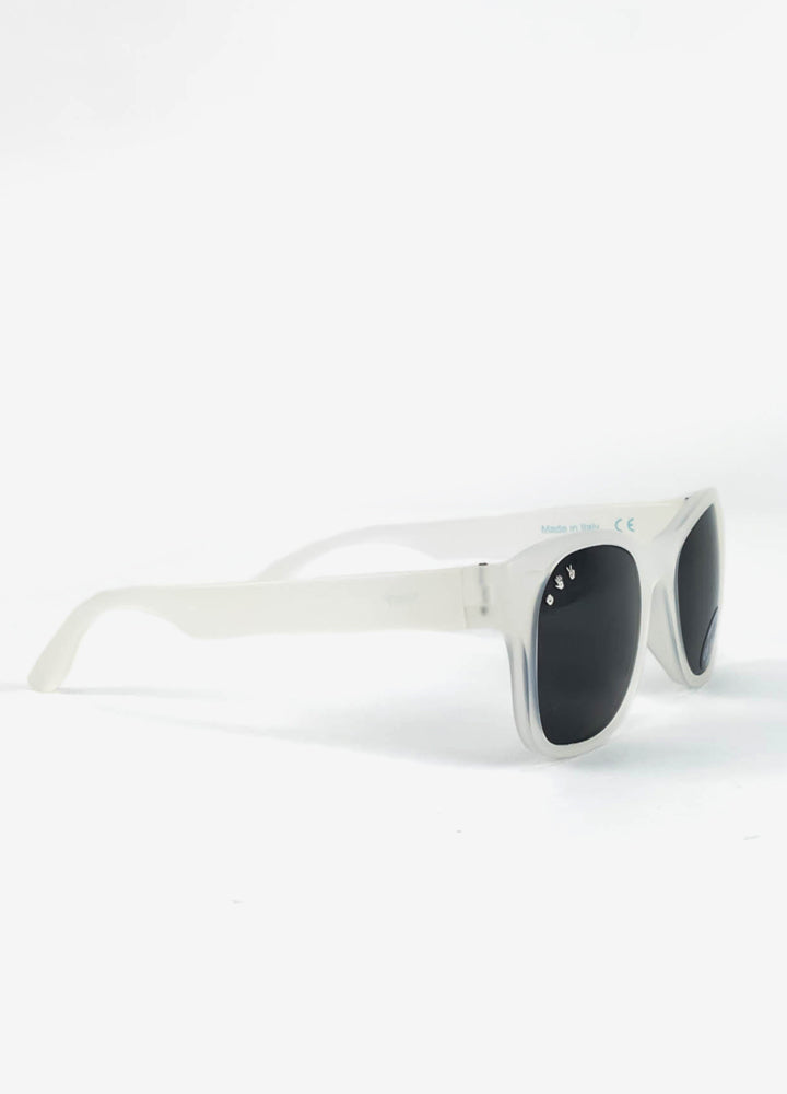 Roshambo baby sunglasses: unbreakable, non-toxic, chewable silicone sunglasses made in Italy.
