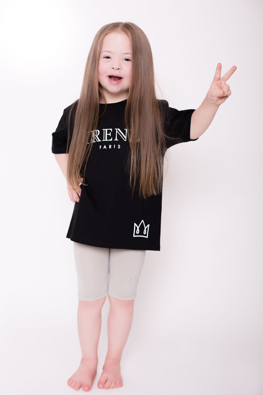 Girls Black & White Trend Logo Tee