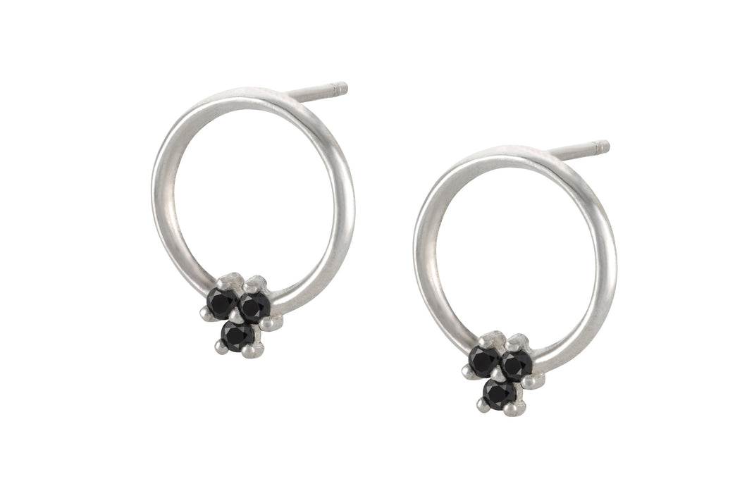 Circle of stones earring - Silver