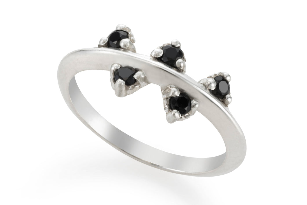 My lucky five ring - Silver with black stones