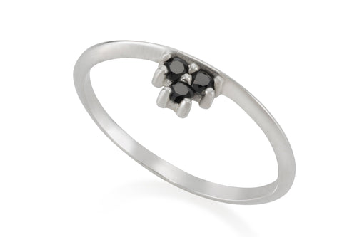 Three Black stones ring - Silver