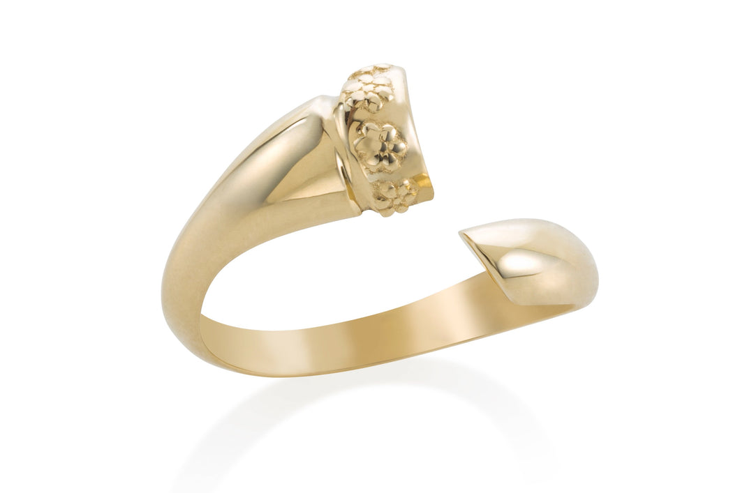 Wrapped horn ring - Solid Gold