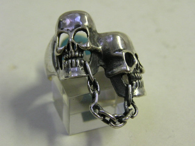 Sterling silver (925) mens Double Skull Chain ring. #538