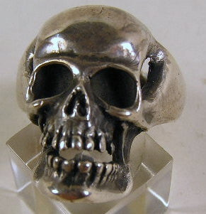 Sterling silver (925) mens large skull ring #578